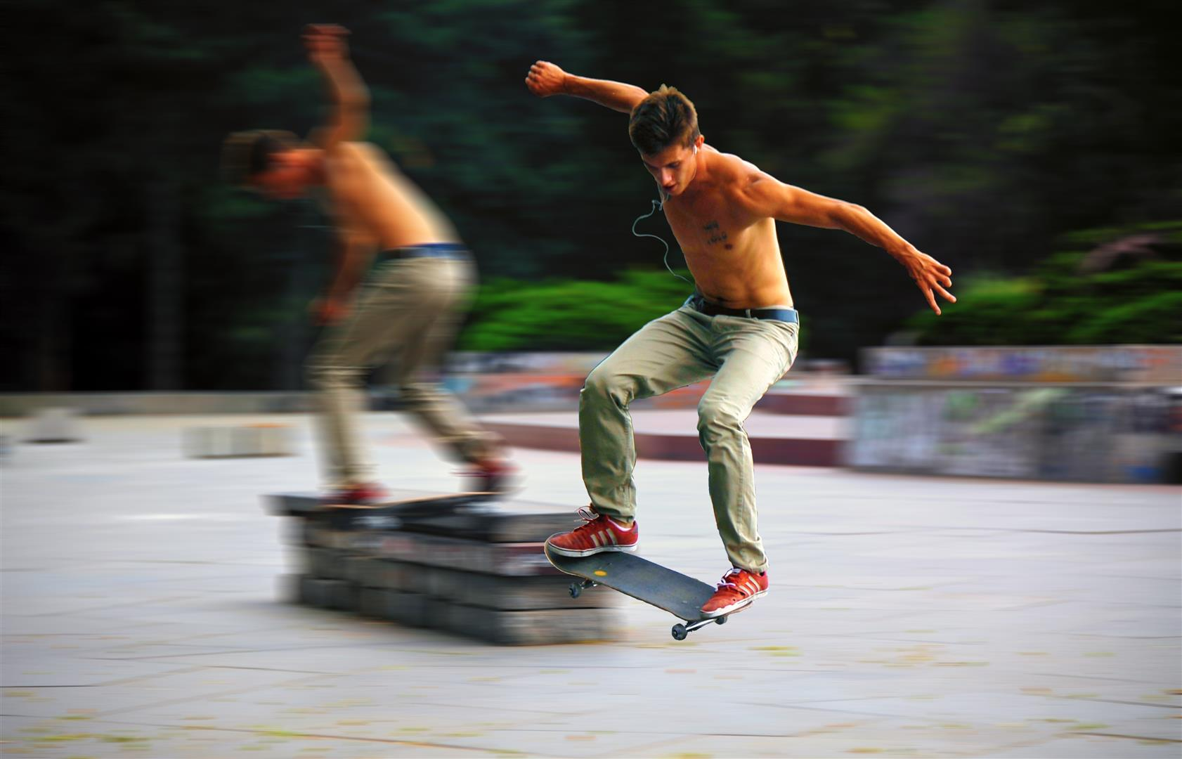 Prague Skateboarders (Large)