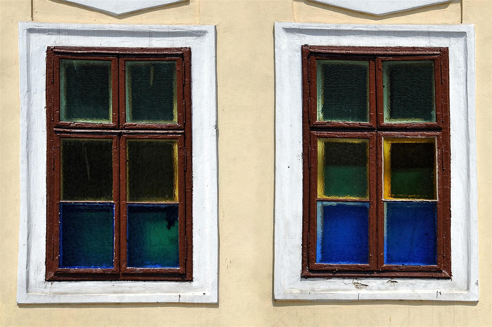 Windows (Large)