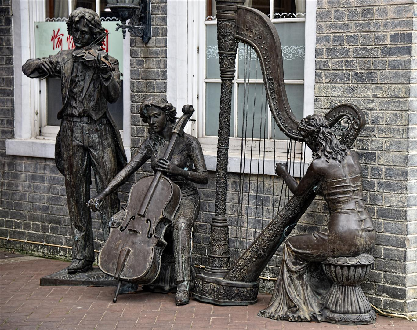 Macau Statues Musicians (Large)
