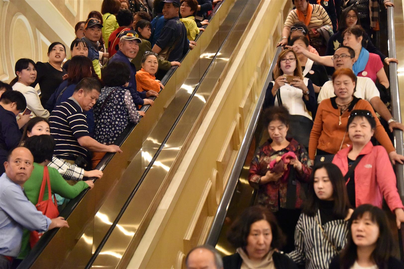 Macau - Escalator Crowd (Large)
