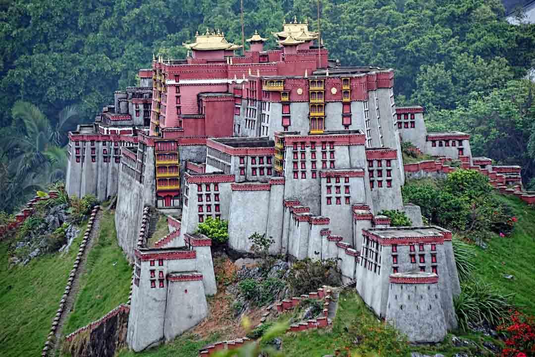 China-and-Hong-Kong-11
